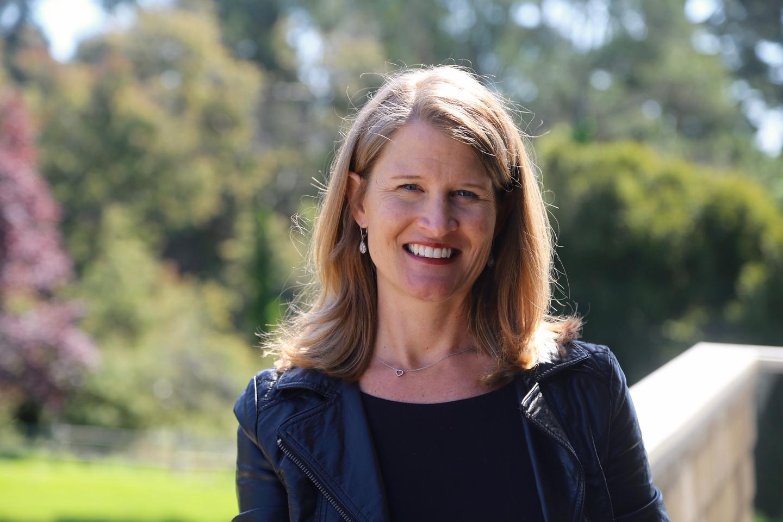 Kalyne Foster : Associate Director