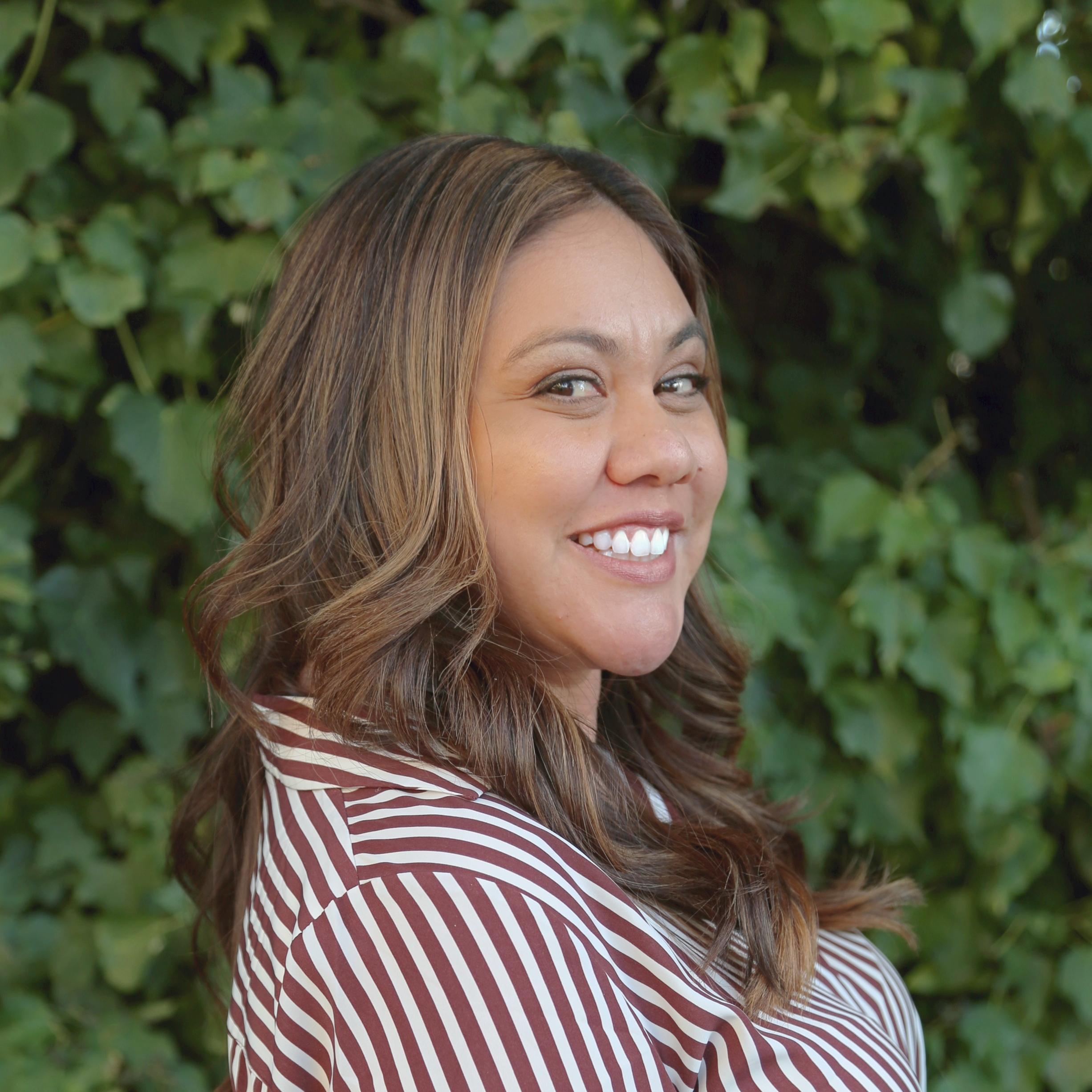 Leeann Luna : Program Manager